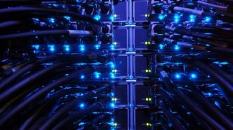 Internet-Server-Network-900x1600